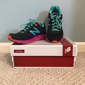 New Balance WTE 512 D1 Trail Running shoes